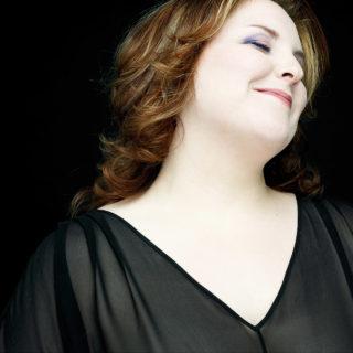 Marie-Nicole Lemieux. Photo Denis Rouvre