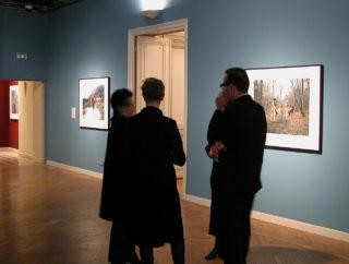 Vue de l'installation de l'exposition de John Massey, This Land