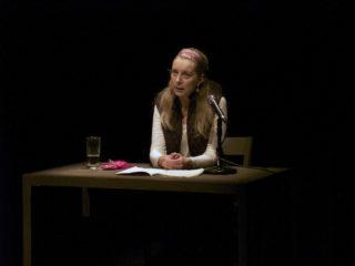Suzanne Lebeau, Le bruit des os qui craquent, 2009