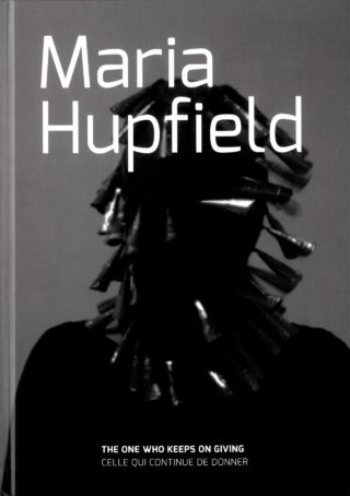 Couverture catalogue Maria Hupfield